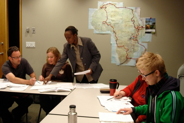 Jackie Ochieng Teaching Swahili Beginner Class